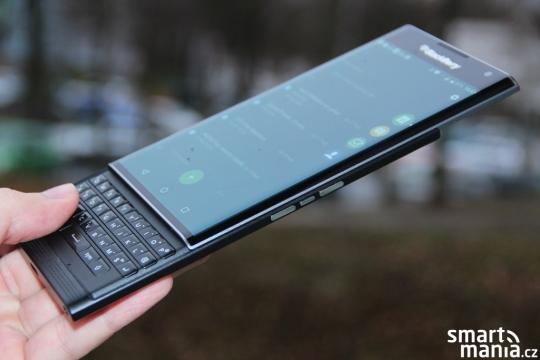 BlackBerry Priv dostává první update: Vylepšuje výkon, zabezpečení a fotoaparát