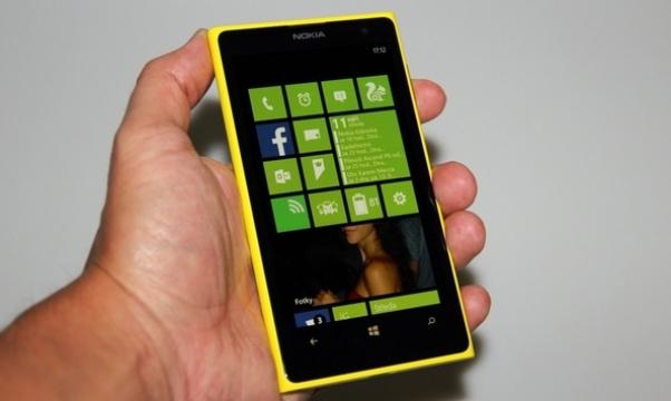 Nokia Lumia 1020 výrazně zlevňuje: Kde ji koupit za nejlepší cenu?