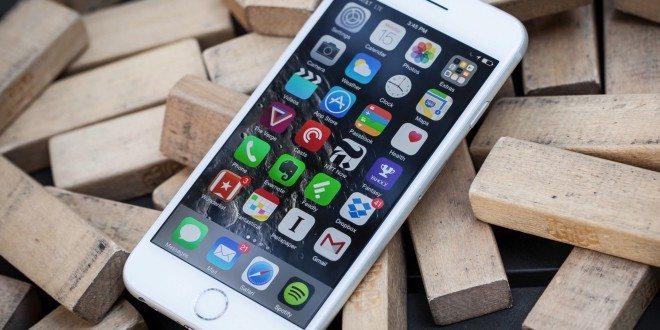 Apple překonal další milník: Prodal už miliardu iPhonů