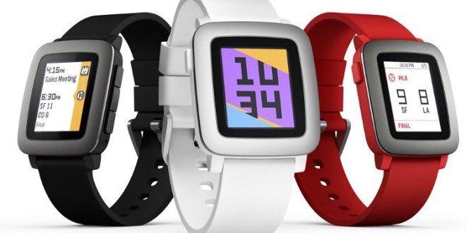 Chytré hodinky Pebble koupíte v ČR i na Slovenku. U nás je nabízí i O2