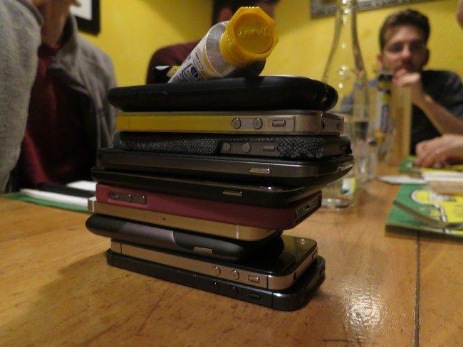 smartphones-stacked