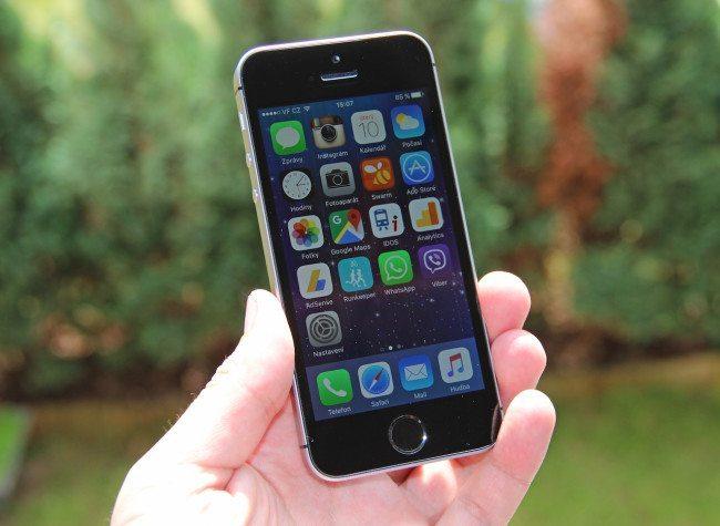 iPhone SE recenze