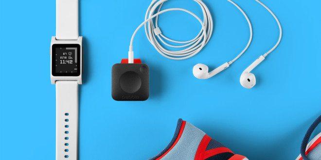 Nálož novinek od Pebble: Dvoje hodinky a programovatelný přívěšek na běhání