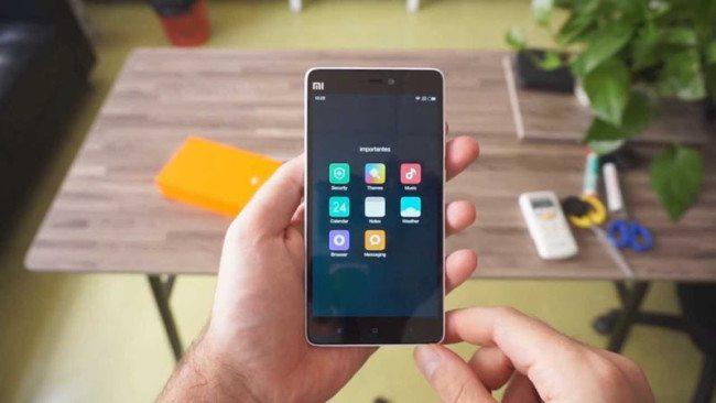 Xiaomi Mi4C výrazně zlevňuje, atraktivní výbava zůstává