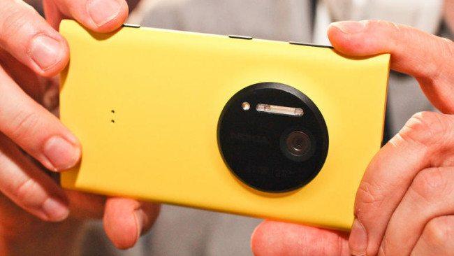 Nokia a Carl Zeiss: dočkáme se návratu PureView fotoaparátů?
