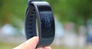 Recenze Samsung Gear Fit 2: Skvělý parťák nejen na sport