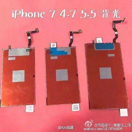 Fotografie displejů z iPhonu 7 a iPhonu 7 Plus