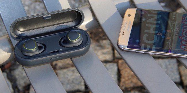 Samsung Gear IconX: Hudba budoucnosti (recenze sluchátek)