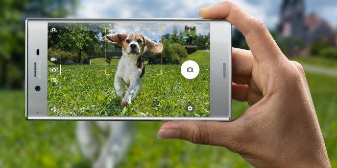 K předobjednávce smartphonu Xperia XZ získáte sluchátka za 5 500 Kč zdarma