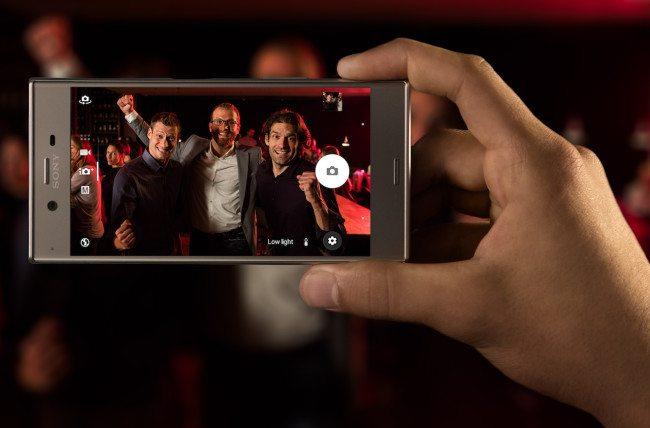 Sony XZ Platinum Low Light 2