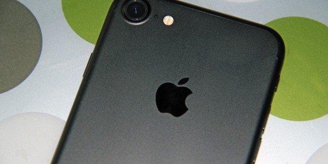 Osmičkám se až tolik nedaří, na vině jsou starší iPhony