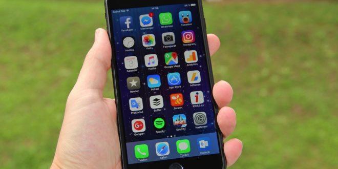 """Čínský trh vminulém čtvrtletí: Apple a Xiaomi se propadají """"mimo medaile"""""""