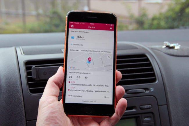 Chytré auto recenze T-Mobile Mojio