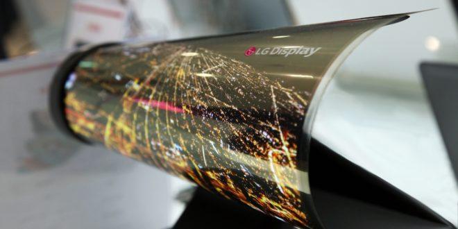 LG chce také vyrábět skládací smartphony. Takto vypadají první koncepty