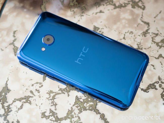 htc-u-play-blue
