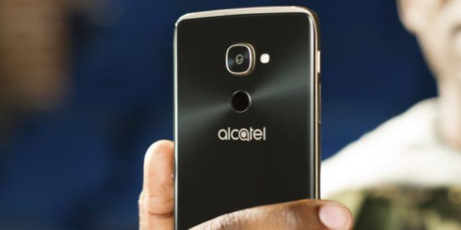 Alcatel Idol 4 Pro sWindows 10 Mobile a virtuální realitou míří do Evropy
