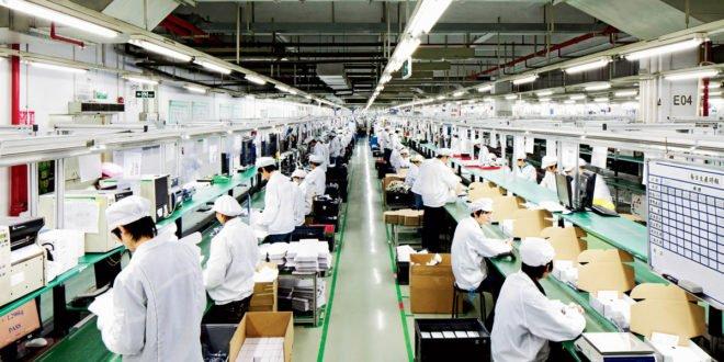 Foxconn od října propustil 50 tisíc zaměstnanců. Na vině jsou horší prodeje smartphonů