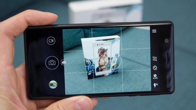 Vzhled aplikace pro focení na současných Nokiích s Androidem ničím neoslní. V budoucnu by se to ale mohlo změnit.