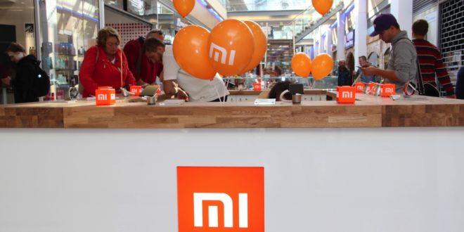 Xiaomi Mi Max 3 nabídne bezdrátové nabíjení, obří akumulátor a skener duhovky