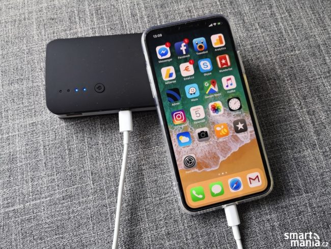 Dobíjíme iPhone X