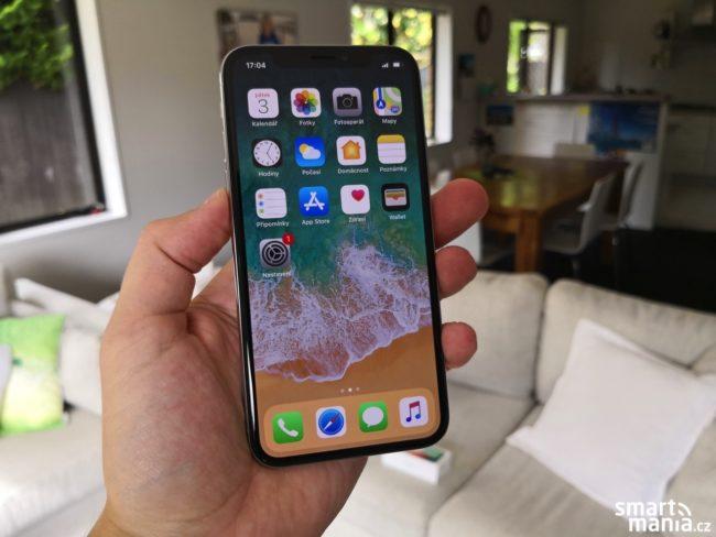 Tak to je on, iPhone X v celé své kráse