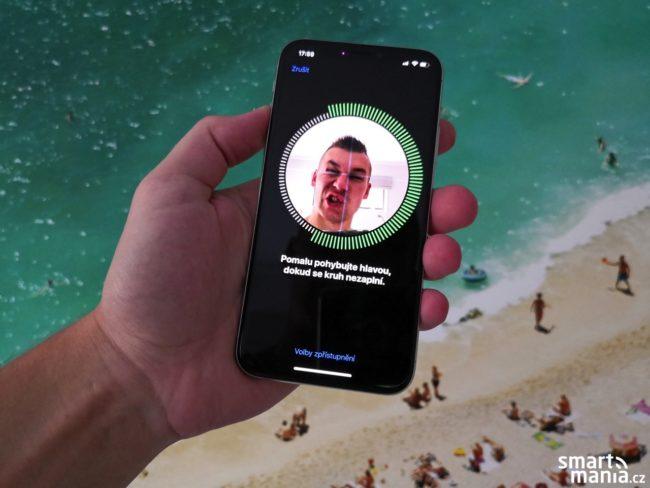 Skenování obličeje pro funkci Face ID