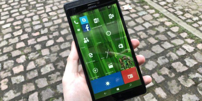 Na tomto telefonu Microsoft vyvíjel Windows 10 Mobile. Uměl více než nejlepší Lumie