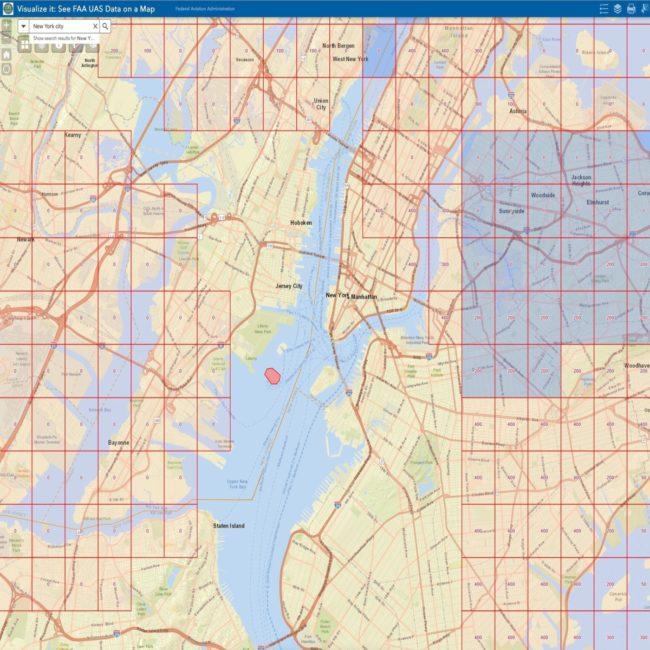 New York má poměrně striktní pravidla pro drony a jasně vyznačené zóny pro rekreační létání