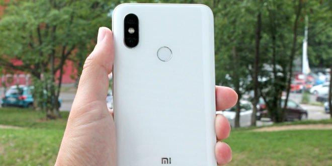 Testujeme Xiaomi Mi 8 a Mi Band 3: ptejte se, co vás zajímá