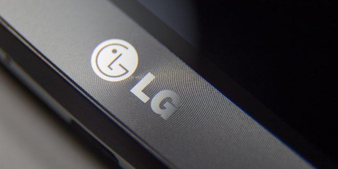 Bude LG V40 nová hvězda mezi fotomobily? Vpředu má mít dvě kamery, vzadu tři