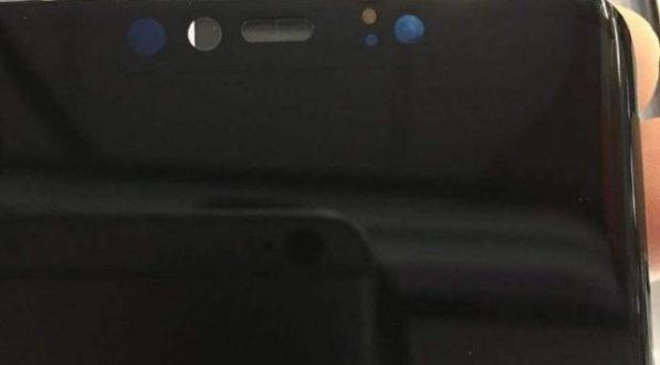 Huawei Mate 20 (Pro) na prvních fotkách: ve výřezu najdeme pokročilé 3D skenování obličeje