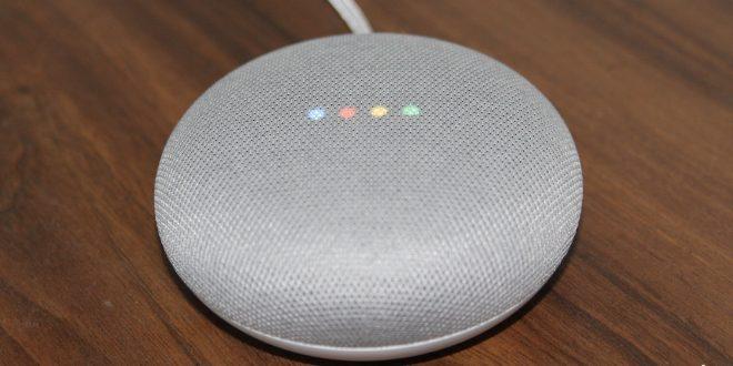 Google Home Mini recenze: malý, ale šikovný