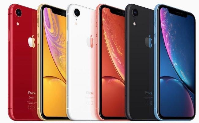 iPhone Xr hraje všemi barvami