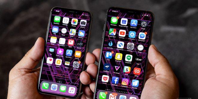 iPhone Xs: loni se před prodejnami stanovalo, letos byly prodeje bez front