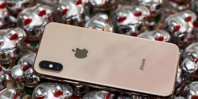 iPhone Xs Max vtestu odolnosti. Výměna zad stojí jako polovina celého telefonu