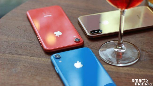 iPhone Xr ve dvou barvách a iPhone Xs Max