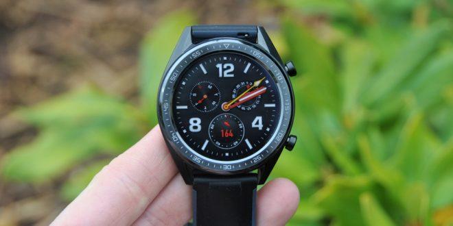Recenze chytrých hodinek Huawei Watch GT: v hlavní roli výdrž