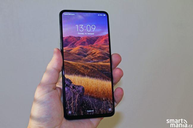 Xiaomi Mi Mix 3 láká na výsuvnou konstrukci, která odkrývá selfie kamerku