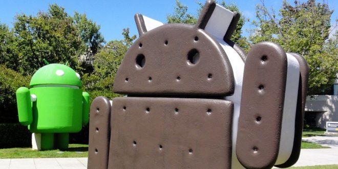 Máte telefon s Androidem 4.0? Google vás brzy odstřihne od aktualizací aplikací