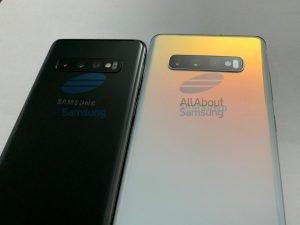 Zadní strana Galaxy S10 a S10+ (vpravo). Dominovat ji budou tři fotoaparáty.