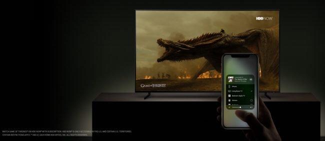 Chytré televize od Samsungu nově s aplikací Apple TV a podporou AirPlay 2