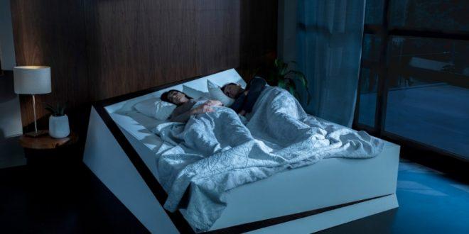 Ford pomůže párům, které nedokáží společně usínat. Chystá postel s rotující matrací