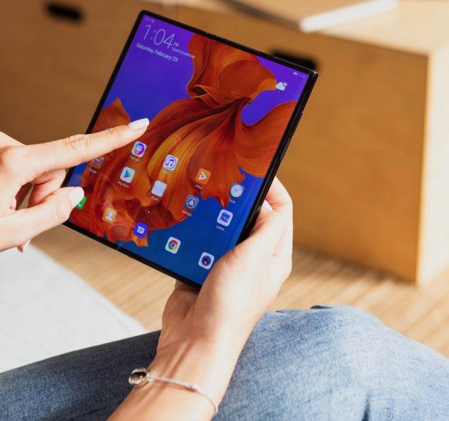 Huawei věří ve svoji budoucnost. Ochranné známky pro Mate V, F a Fold to potvrzují