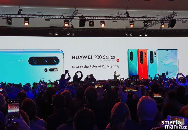CEO Huawei Richard Yu v Paříži představuje nové modely řady P30