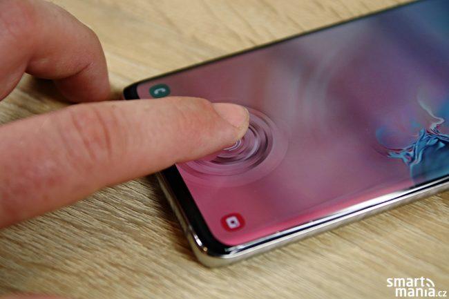 Samsung Galaxy S10+ a odemykání pomocí ultrazvukové čtečky otisků prstů