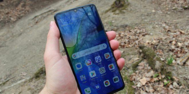 Nerozbitný a nedobytný: Huawei P30 Pro vtestu odolnosti a na kompletní rozborce