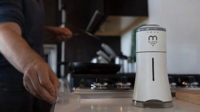 smart salt shaker