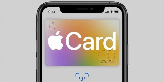 Steve Jobs chtěl vlastní Apple kreditku už v roce 2004