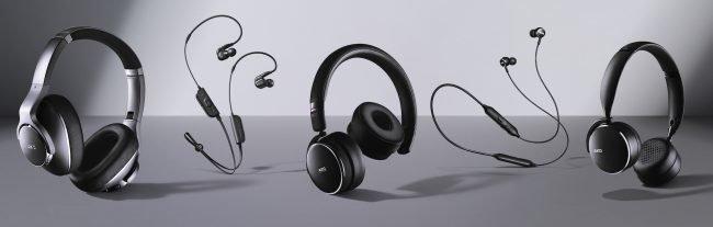 Samsung uvádí na trh pět nových sluchátek AKG. Známe české ceny