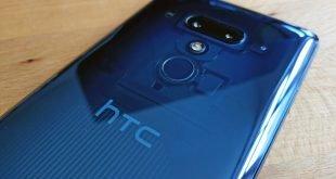 HTC U12plus modry 01